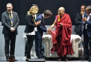 Il Dalai Lama al festival delle religioni di Firenze
