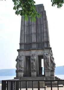 Il mausoleo a Luigi Cadorna a Pallanza