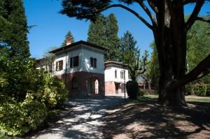 La palazzina che ospita la collezione Castiglioni a Villa Toeplitz