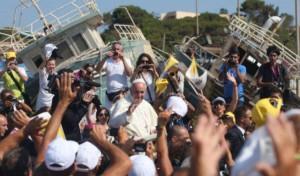 Papa Bergoglio a Lampedusa