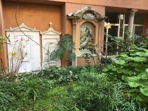 L'ipotetica tomba di Emanuela Orlandi nel Cimitero Teutonico