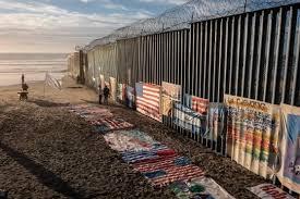 La barriera al confine tra USA e Messico