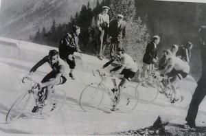 Nino Defilippis, Fausto Coppi e Ugo Koblet sulle rampe dello Stelvio (Giro d'Italia 1953)