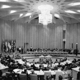 Il vertice di Maastricht nei Paesi Bassi il 7 febbraio 1992
