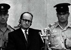 Eichman durante il processo in Israele