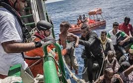 Salvataggio di migrani in mare