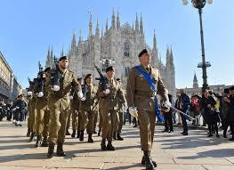 La sfilata del 4 novembre a Milano