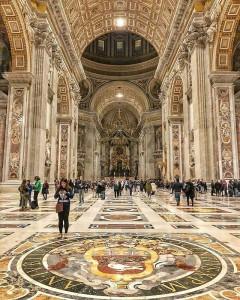 interno-della-basilica-di-san-pietro