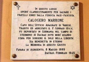 La lapide a Marrone presso il municipio di Varese