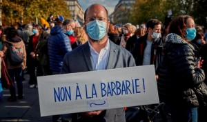 Le manifestazioni per Samuel Paty, in Francia
