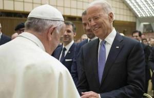 L'incontro di Francesco con Joe Biden, allora vice di Obama, nell'aprile 2016
